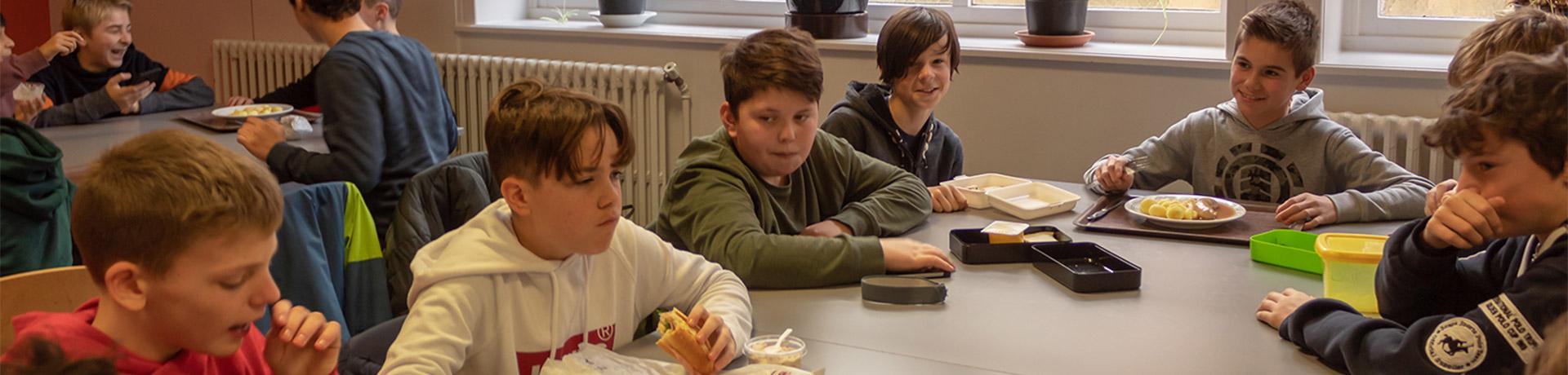 West Petrus En Paulus Onze School Schoolrestaurant Header
